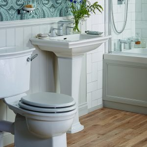 WEB-Blenheim Suite with Fitted Bath