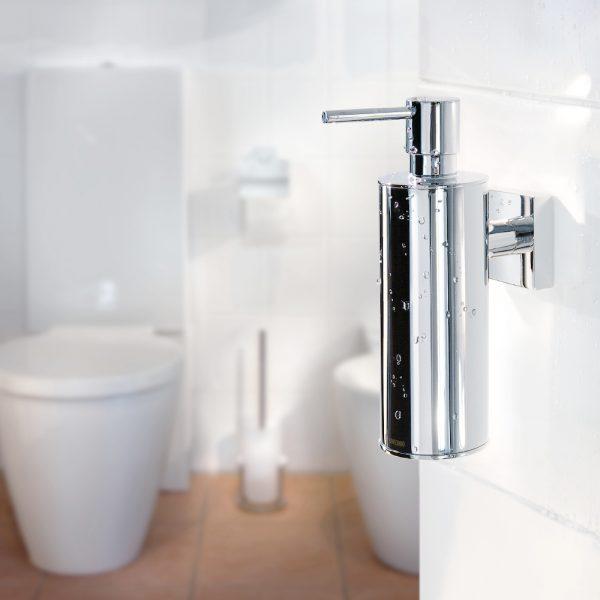 Smedbo House Liquid Soap Dispenser & Holder in Chrome
