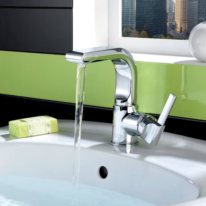Wave Swivel Basin Mono Tap In Chrome Inc Waste